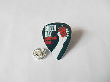 GREENDAY GREEN DAY Guitar pick plectrum PIN LAPEL TIE TACK PIN BADGE