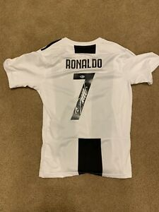 Cristiano Ronaldo Signed Juventus Jersey Autographed BAS Beckett Witnessed