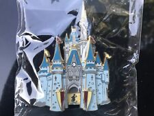 HUGE 2003 CAST EXCLUSIVE  Disney World Castle Pin