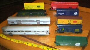 HO Athearn Accurail Roundhouse North Vernon Railroad Passenger, reefer, box car