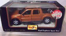 Maisto Bronze Ford Explorer Sport Trac, 1:25, die cast, NIB, doors&tailgate open