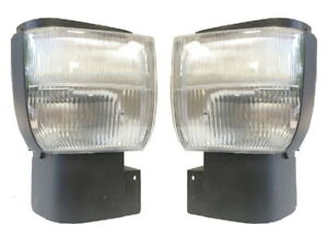 New Corner Light PAIR FOR Nissan UD 1800 UD 2000 UD 2300 UD 2600 UD 3300 Trucks