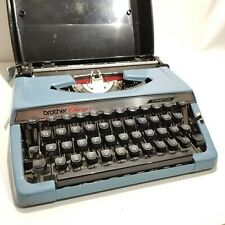 Vintage 1973 Brother Charger 11 Correctable Typewriter w/ Case NEEDS REPAIR