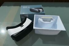Samsung Gear VR SM-R322 Oculus Including Micro USB Adapter Frost White Missing