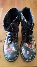 Low (3/4 in. to 1 1/2 in.) Platforms & Wedges Floral Heels for Women
