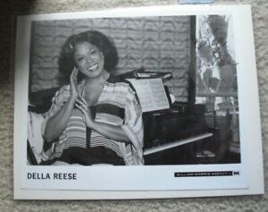 Della Reese Signed Autographed Promo Photograph 8x10