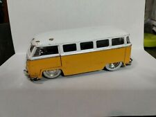 Jada Toys 1962 Yellow Volkswagen 1/32 Scale Diecast Collectible Toy