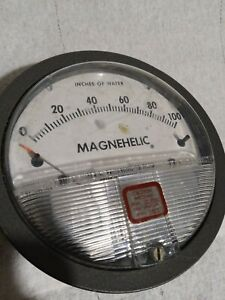 """Dwyer Magnehelic 4"""" Differential Pressure Gauge 0-100 inch Of Water Model: 2100C"""