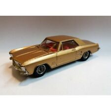 CORGI TOYS N.245 / BUICK RIVIERA GOLD / SCALA 1:43 (ANNO 1964/68) MC43156