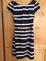 Etuikleid, Comma, Gr. 38, Gürtel, blau weiß, Streifen, Sommer, 1x getragen
