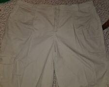 NWT St John's Bay Bermuda Khaki Shorts 24W new