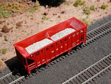 Hay Brothers 2 PC GRAVEL / BALLAST - Fits Walthers Greenville 2-Bay Hopper Cars