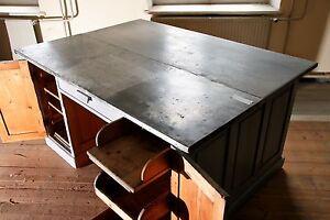 Industrieller Arbeitstisch Schreibtisch, grau, ca. 1920, Industrial work desk