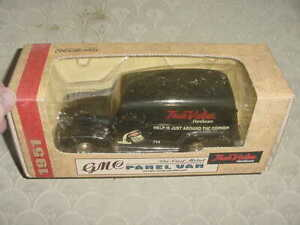 "Ertl Diecast Model ""1951 GMC True Value Panel Van"" 1:25 Scale MIB"