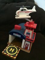Thomas & Friends Harolds Helipad Helicopter Wooden Train 2010 Landing Pad