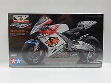 1:12 2006 Team LCR Honda RC211V Tamiya 14108