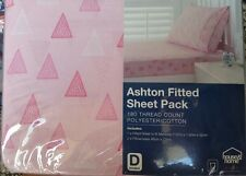"""DOUBLE  BED """" ASHTON """" 3 PCE FITTED SHEET SET. PINK & WHITE TRIANGLES PRINT"""