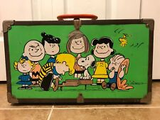 Rare Vintage 1960's Peanuts, Snoopy & Gang Metal Suitcase