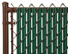 Chain Link Green Single Wall Ridged™ Privacy Slat For 4ft High Fence Bottom Lock