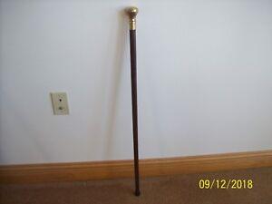 """Dark Wood Grain Shaft With Gold Brass Handle 34 1/2"""" Vintage Walking Stick Cane"""