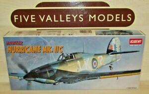 081220/13 Academy 2129 Hawker Hurricane Mk. IIC 1:72 Scale