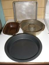 CAKE TRAYS AND TINS X 3 SMALL ENAMEL PUDDING DISH