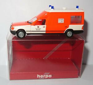HERPA HO 1/87 MERCEDES MIESEN BONNA 124 AMBULANCE EMERGENCY MÜNSTER #042581 BOX