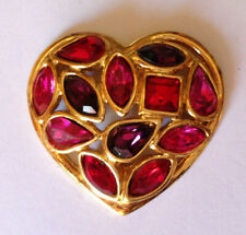 PIN'S TRES RARE COEUR Signé YVES SAINT LAURENT made in France 3 x 3 cm (ref I3)