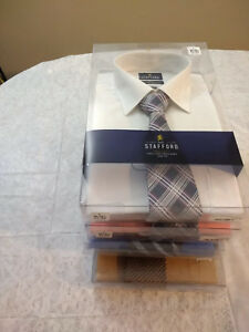 NWT Stafford Button Up Mens Dress Shirt And Tie Set, MSRP $50
