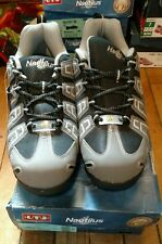 Nautilus Men's Grey Lightweight Athletic Work Shoes Soft Toe N4340 size 9.5 W