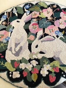 VINTAGE CLAIRE MURRAY BUNNY HAND HOOKED OVAL 100% WOOL RUG🐰