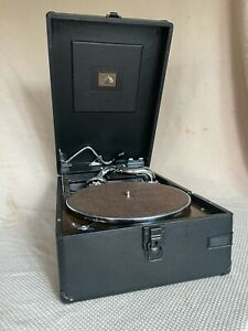 Fantastic HMV Model 102 portable Gramophone