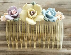 Hair Comb Accessorie With A Clay Roses Flowers READ
