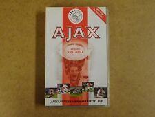 VHS VIDEO CASSETTE VOETBAL / AJAX SEIZOEN 2001-2002