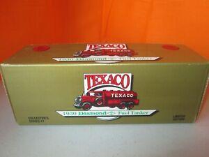 Ertl Limited Edition Texaco 1930 Diamond T Fuel Tanker Bank 1:25 Diecast NIB