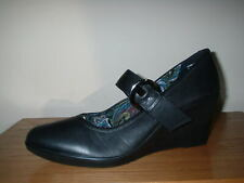 HOTTER BLACK LEATHER MARY JANE WEDGE STRAP BUCKLE FASTEN COURT SHOES 9/43 STD