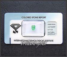 Smaragd mit IGI Echtheitszertifikat, 0.71 Karat Edelstein in versiegelter Box