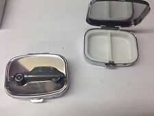 Citroen DS2 Early Ver. ref38 pewter effect car emblem on silver metal pill box