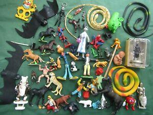 2Kg vintage plastic TOY SOLDIERS horses wild animals TV CHARACTER bundle JOB LOT