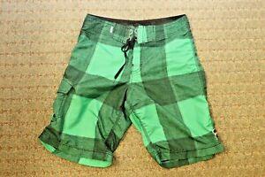 Billabong Boardshorts 31 Swim Trunks Surf MMA Grappling green flannel medium