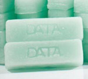 2 BLOCKS OF DATA WAX HYDROCARBON UNIVERSAL SKI SNOWBOARD WAX DATAWAX