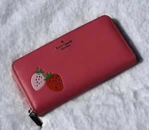 🍓 NWT Kate Spade Picnic In The Park Strawberry Large Continental Wallet 🍓