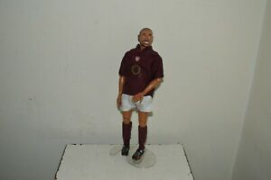 FIGURINE ARTICULE DE ROBERT PIRES MAILLOT ET SHORT FOOT ARSENAL REVELL 2004