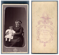 A. Liébert, Une mère et son enfant  CDV vintage albumen carte de visite,  Tira