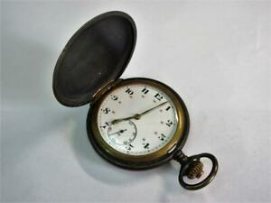 Vintage WW2 peri MOERIS MILITARY full hunter POCKET WATCH, Gunmetal Case, Works