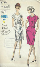 1960s Vintage VOGUE Sewing Pattern DRESS B34 (1571)