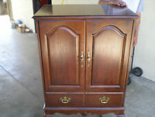 $1000 QUEEN ANNE CHERRY WOOD TV CABINET /ARMOIRE ENTERTAINMENT CENT LOCAL PU