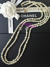 CHANEL 2017 TOP SPRING WHITE PEARL CC LONG DOUBLE STRAND DRESS NECKLACE NEW
