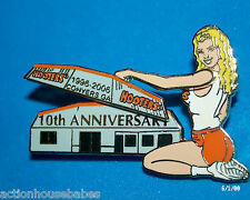 HOOTERS RESTAURANT COLLECTIBLE BLONDE GIRL CONYERS GA  10TH ANNIVERSARY PIN