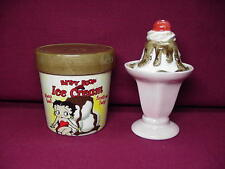 Betty Boop SALT & PEPPER SHAKERS ICE CREAM  DESIGN